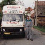 rok 2001 nákladní vozidlo firmy